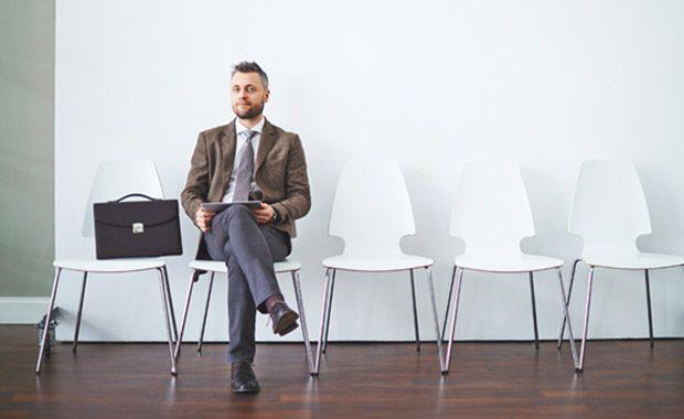 چگونه قبل از مصاحبه شغلی درباره شرکت اطلاعات کسب کنیم؟
